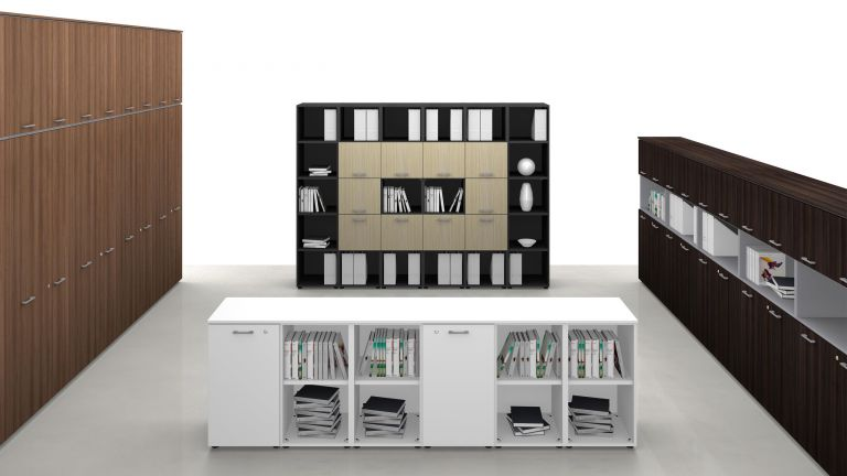 UNIVERSAL CONTAINERS